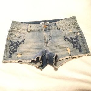 Mossimo Supply floral design Jean shorts, size 7